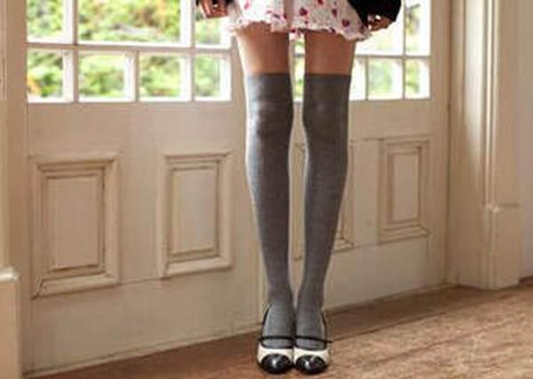 女星也瘋《絕對領域日》!揭曉膝上襪神秘穿搭,絕對輕鬆駕馭!