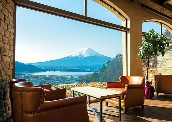 富士山讓你看好看滿!日本4間「景觀飯店」看美景零死角,是不是逼我們不要退房啊~