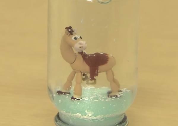 家中必備食材竟能變身美麗雪花瓶?一起DIY聖誕節最有誠意的暖心禮物吧!