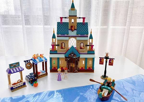 這次可以收編雪寶啦♡樂高推出《冰雪奇緣2》積木組,艾莎的冰雪宮殿直接變身超美珠寶盒