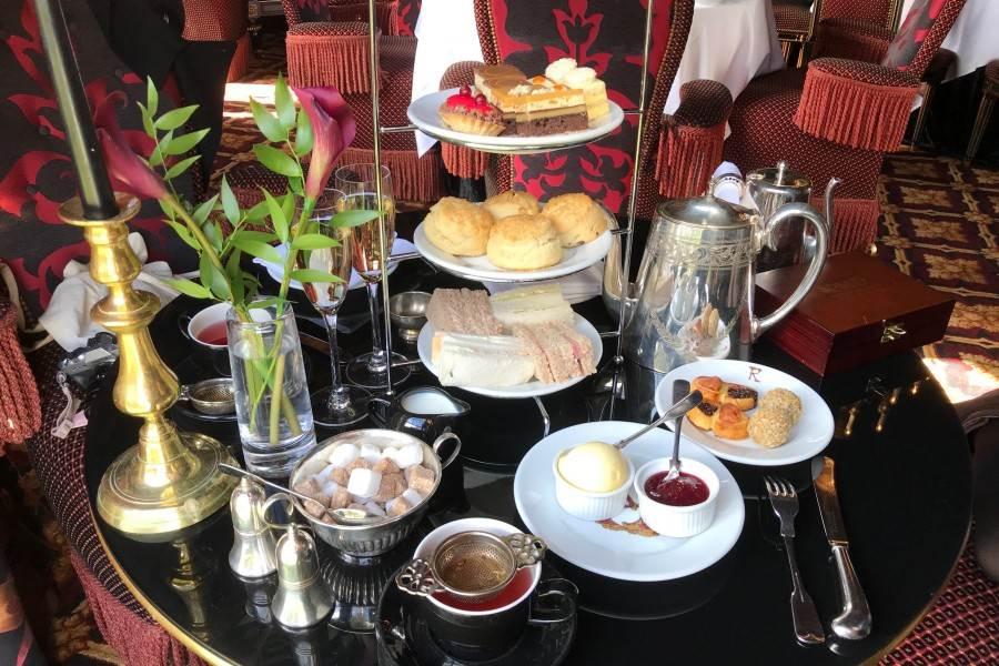 體驗一日皇室生活!英國「3大特色下午茶」推薦,三層點心+司康這才是正宗下午茶啊~
