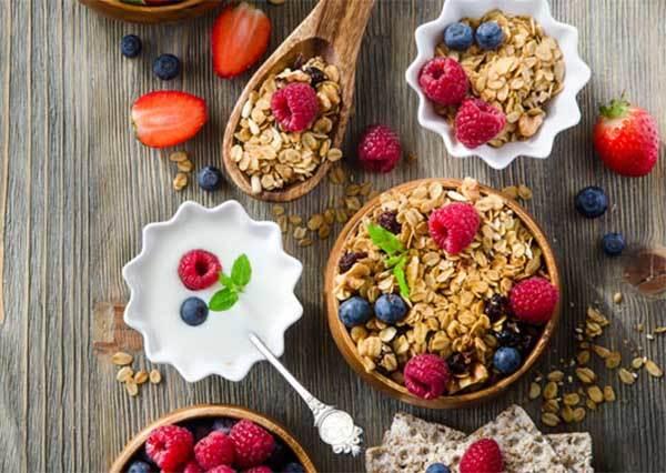 誰說麥片只能加牛奶?五種混搭法,讓你早餐吃的開心又健康!