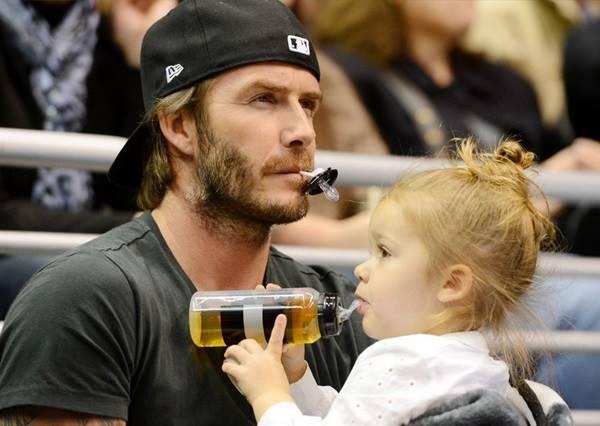 看小七公主就知道 女兒果然是老爸的前世情人!