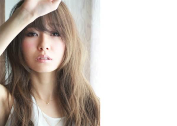 """日本最受歡迎的長髮造型TOP5出爐!掌握關鍵的""""微彎捲髮""""就能變出各種風格喔!"""