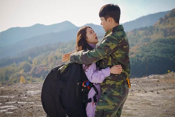 《愛的迫降》尹世理與利正赫/沒有絕對適合的人,只有努力經營的心