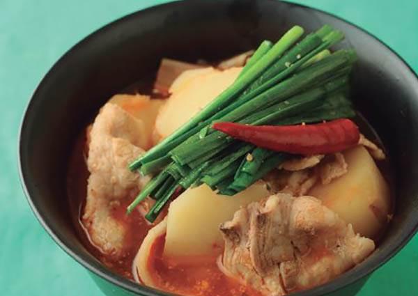 香味俱全!超簡單韓式馬鈴薯鍋食譜,3步驟教你偷偷煮出讓大家稱讚的好料