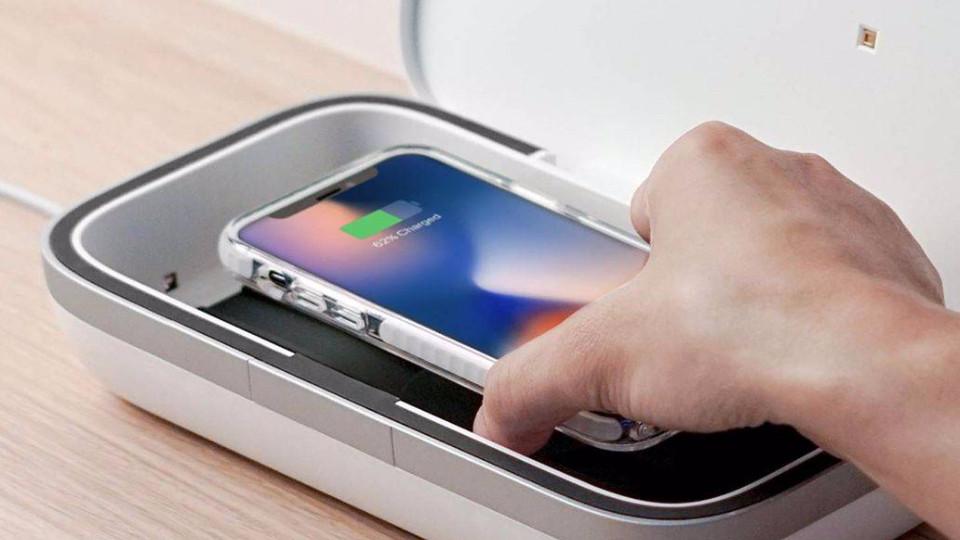 CASETiFY推出紫外線手機消毒器,號稱99.9%的細菌都可以消除!往右滑看更多圖集~