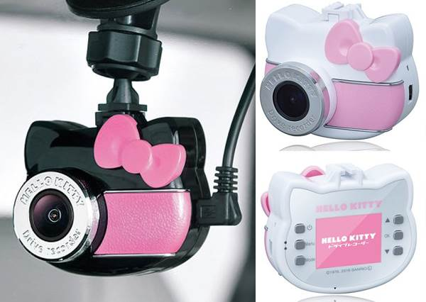 Hello Kitty行車記錄器偷偷看!新版銀黑粉色質感更升級,奶娃語音萌翻人心