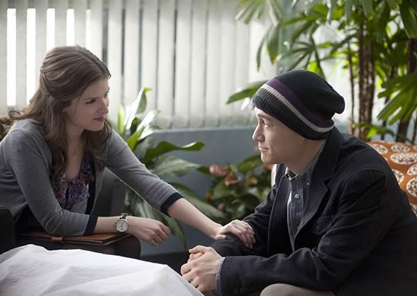 那些電影教我的事:有時候人需要的並不是建議,而只是一雙能握的手、與一顆肯懂的心。