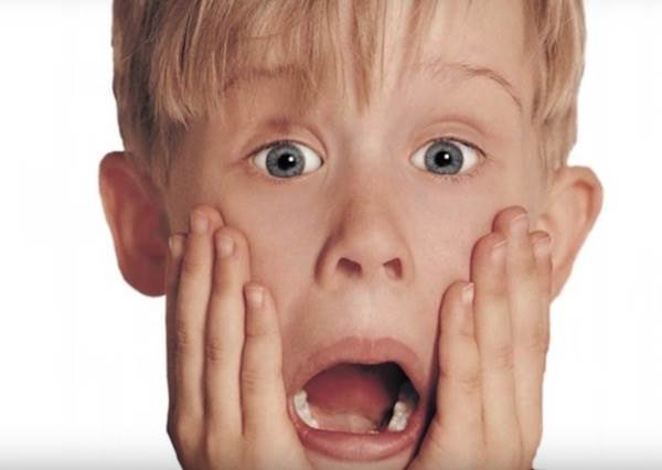 「小鬼當家」當了25年後,那個可愛的小男孩現在變什麼樣?