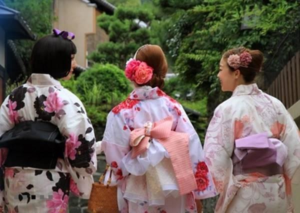 你知道去京都ㄧ定要做的事嗎!!!少女心大爆發 來當一天的淑女吧