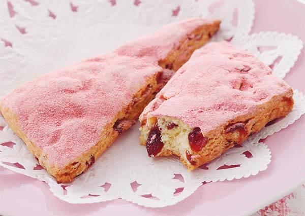 自製浪漫粉紅系甜點!下午茶人氣口味司康,跟著食譜step by step也能在家輕鬆作!