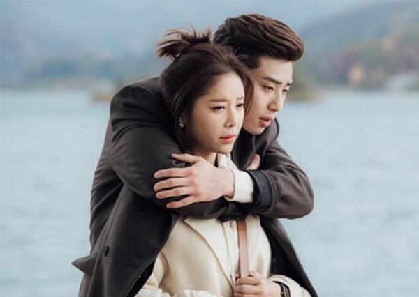 甜蜜大回顧!2016 希望他們再續前緣談戀愛的韓劇情侶檔