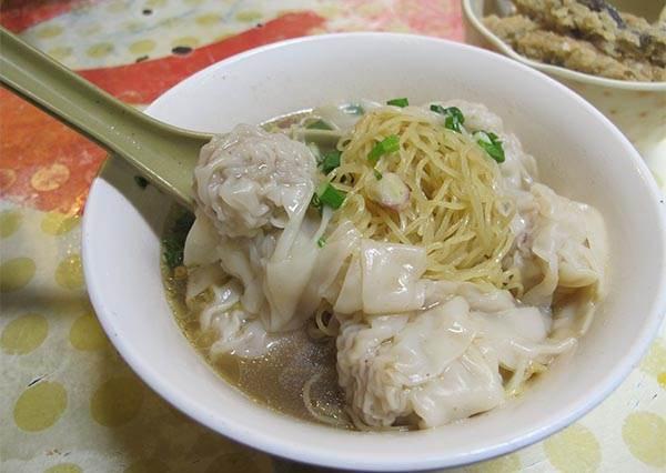 連在地人都排隊等著吃!香港3大經典款排檔美食吃過沒?
