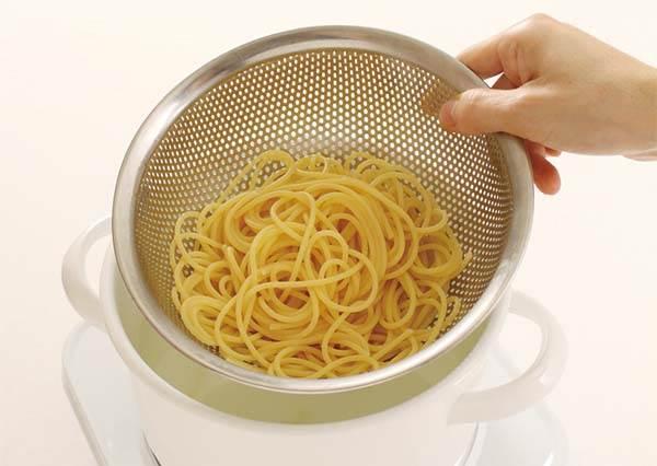 煮義大利麵絕對不能加冷水!快看你是不是也犯了這些常見的錯誤煮麵方法!