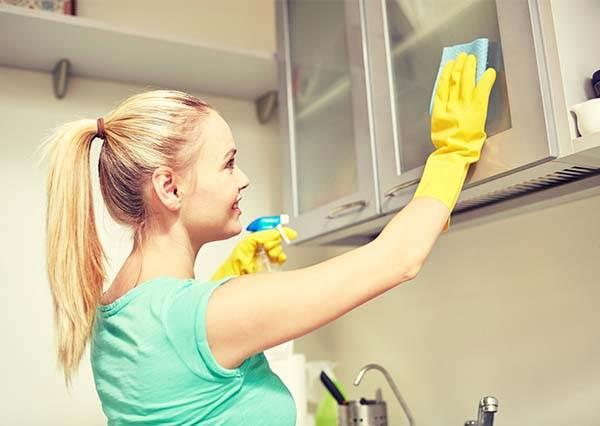 5秒輕鬆除掉抹布的腥臭味!史上最天然的抹布清潔法,這麼強的招式竟然…免錢!