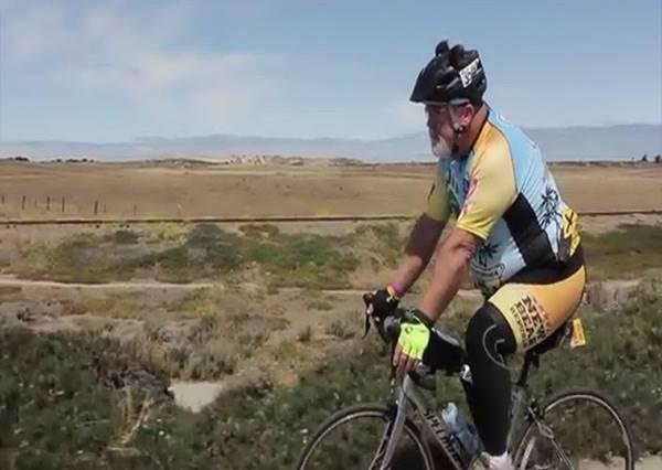 不一樣又怎樣!老爸為了同志兒子騎自行車跨越545英哩
