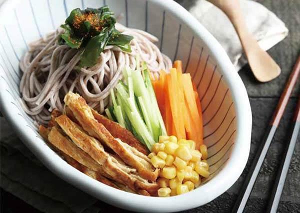 吃過就再也回不去了!學撇步在家做日式蕎麥涼麵,絕對比便利商店營養又多變化!