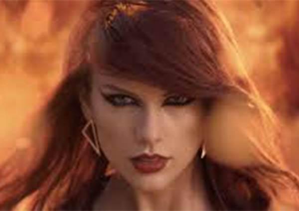 泰勒斯經典歌Bad Blood網路素人翻唱,變成男女對唱情歌,超美妙歌聲讓人難忘!