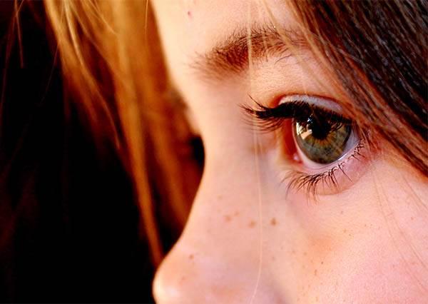 老是覺得眼睛好累?僅僅2分鐘的「視力訓練」讓模糊視力能夠恢復正常!