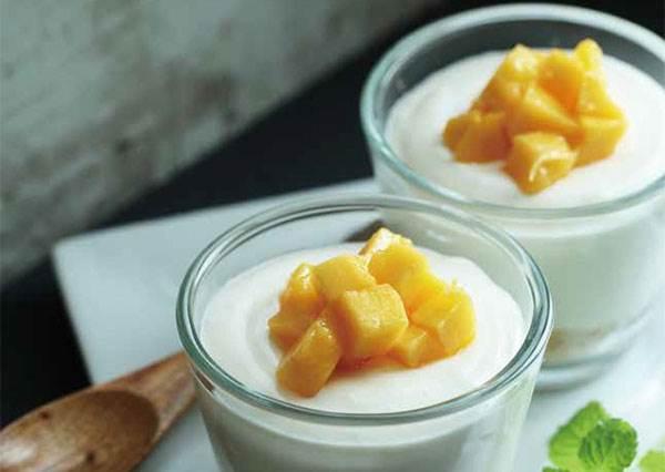 只要攪拌再放冰箱就等著吃?學會這款萬用《免烤起司蛋糕》,還能自行代換各種水果!