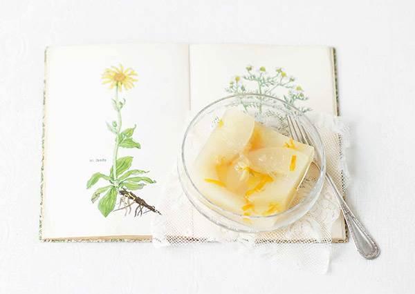 邊吃甜點還要邊恢復疲勞!自製「水梨寒天」不只好看好吃,還有滿滿營養讓你越吃越健康