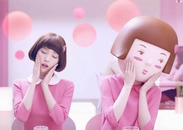 【粉粉風潮吹韓國!3款超夯可愛飲品大公開】為了要留念它的模樣,拍完冰塊都融了吧….