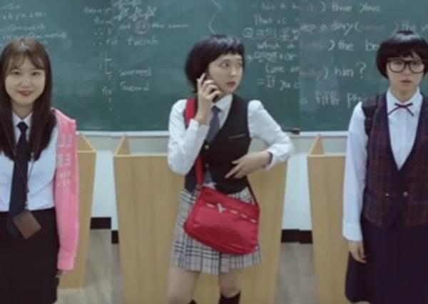 韓妞高中制服流行演化史!才隔10年怎麼會從乖寶寶變三七步大姐頭?