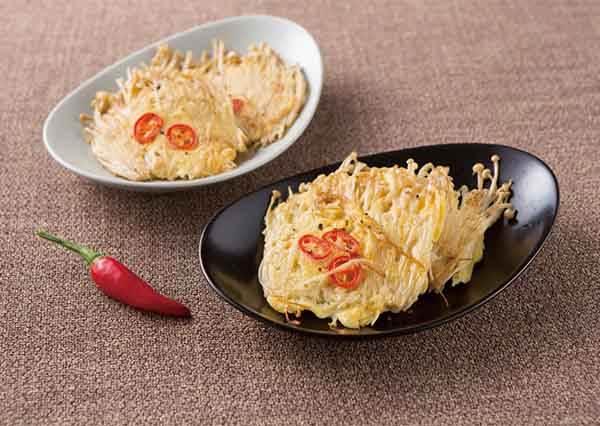 韓國超流行新吃法! 極度簡單「金針菇煎餅」,當配菜、當消夜都OK~
