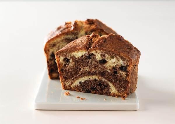 連麵糊要怎麼放,烤出來的麵包才會漂亮都告訴你! 「巧克力大理石磅蛋糕」超詳細圖解做法一次解決你所有問題
