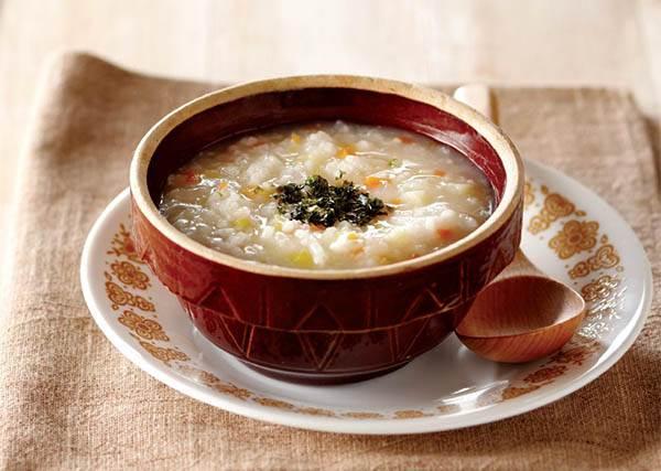最近老是吃大餐? 10分鐘快手做《輕食鮮蔬粥》,讓腸胃休戰一下