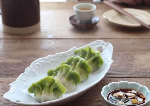 想自己親手做出「翠玉白菜餃」? 準備一杯㊙㊙㊙是國寶級美食的完成秘訣!