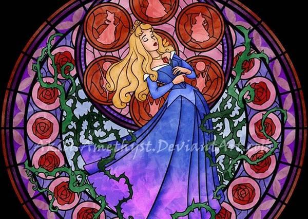 最美彩繪玻璃窗底加!當迪士尼樂園的城堡換上當家花旦的花窗...
