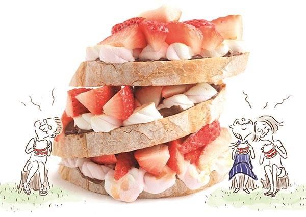 自製難度指數零顆★「草莓棉花糖三明治」,那滿滿的餡料到底怎麼一回事~