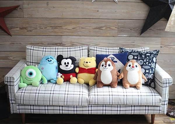 迪士尼控難掩的喜悅!最新推出6款怎麼壓都不會變形的枕邊人,第一波立刻被掃貨完