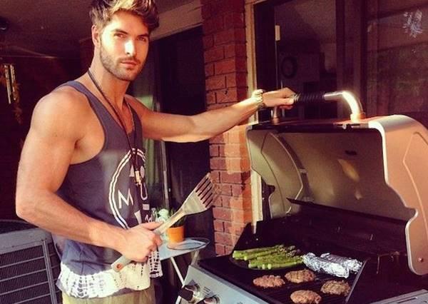 男人會下廚直接加100分!電影中廚藝了得的帥氣男星大盤點
