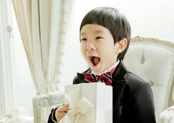 Top5孩子王撞臉火紅明星face 一個模子刻出來但像的不是爸媽卻是他!