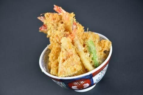 連日本人都抵擋不住!打趴東京其它家的天丼,終於在台灣這裡也能吃到囉!