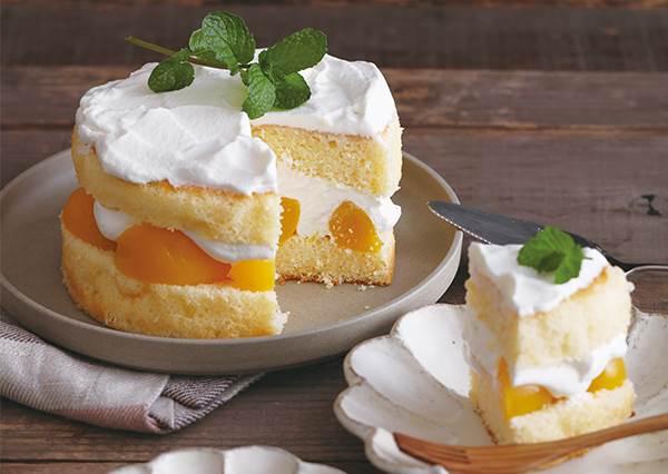 塗糖漿不能用刷的?自製《嬌嫩蜜桃夾層蛋糕》想擁有pro級外表,這個關鍵步驟不能錯