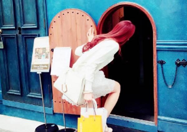 跟兔子先生一起冒險!奇幻華麗的「愛麗絲專賣店」,居然還販售變身藥水!