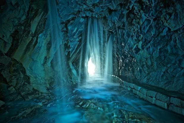 台灣36秘境之一「白楊步道」重新開放了!不用特效就擁有人人愛的藍綠色,很值得一去啊!