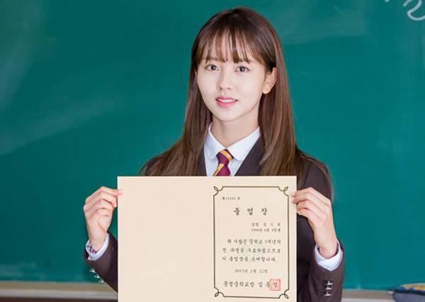 她們都是韓國女童星出身擁有精湛演技而且超剛好的都姓「金」!