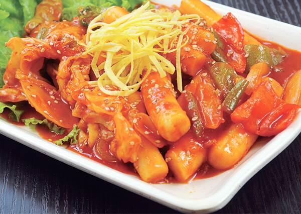 韓國人最愛吃的家常菜!用科學方法告訴你為什麼《泡菜炒年糕》不紅就不好吃