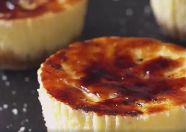 想吃烤布蕾口味起司蛋糕不用買,教你2步驟就搞定的極簡DIY甜點!