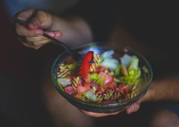 減肥絕不能餓肚子,不吃東西可能才是你發胖的主要原因!?