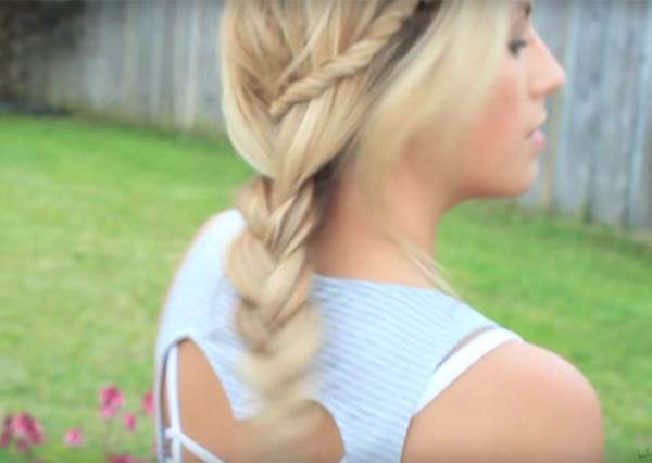 別再用馬尾呼嚨夏天了! 跟著達人學4款從辮子變化而來的清涼髮型