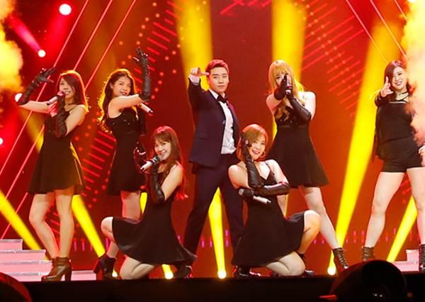 BIGBANG勝利第一首全中文歌熱唱《愛情36計》,歐爸驚豔獻跳成撩「男」高手!?