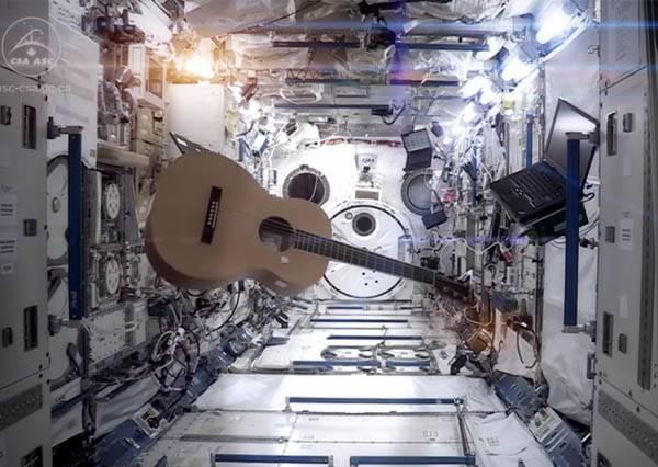 好歌MP3:一起穿梭音樂黑洞,搭上太空歌曲到遙遠的銀河漫遊!