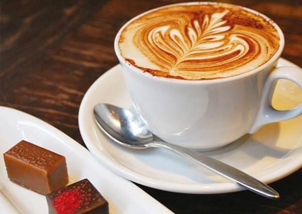 喝咖啡邊看帥哥養眼?噢不是,盤點有特色又好喝的咖啡店12選!