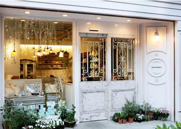 充滿法國夢幻風的日本茶店就在這!超夢幻小花盒裝,打開後更是令人驚喜的可愛啊!
